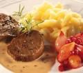 Rehmedaillons mit Rotweinschalotten und Edelpilz Sauce